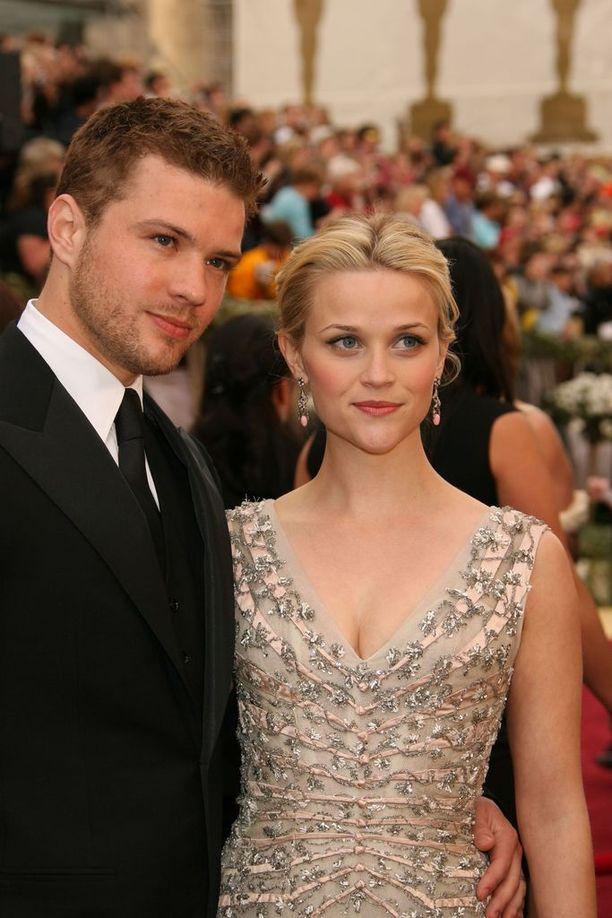 Reese Witherspoon ja Ryan Philippe Oscar-gaalassa vuonna 2006.