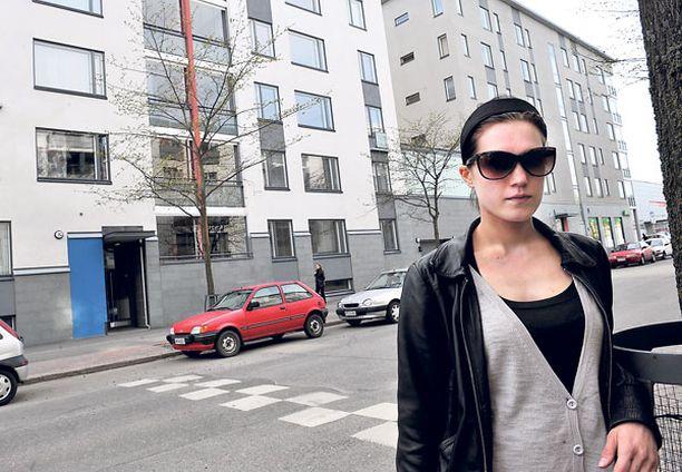 Huijarinainen yritti vuokrata asuntoa helsinkiläisille Sara Eschnerille ja hänen puolisolleen. Pariskunnan epäilykset kuitenkin heräsivät, kun nainen pyysi takuuvuokraa käteisellä. - Ei pidä olla liian hyväuskoinen, Sara Eschner neuvoo.