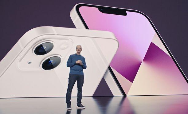 Applen toimitusjohtaja Tim Cook esitteli uusia laitteita.