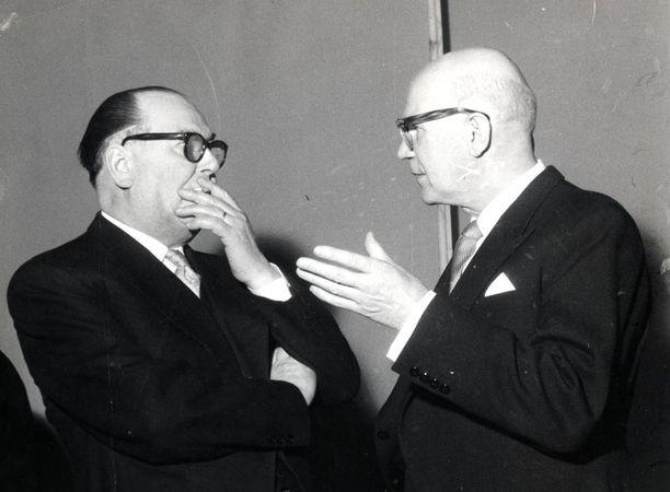 Uusien tietojen valossa näyttää, että Urho Kekkonen kaatoi K.-A. Fagerholmin (vasemmalla) kolmoshallitusta yhdessä Neuvostoliiton kanssa vuonna 1958.