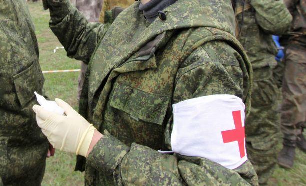 Hankkeella pyritään muun muassa pelastamaan haavoittuneita sotilaita sotatoimialueilla.