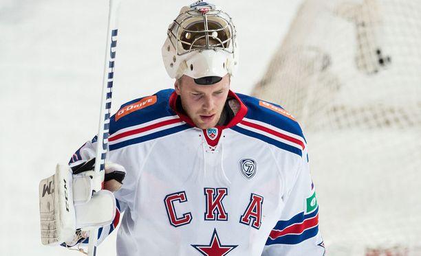 Mikko Koskinen torjui jälleen voiton SKA:n maalilla.