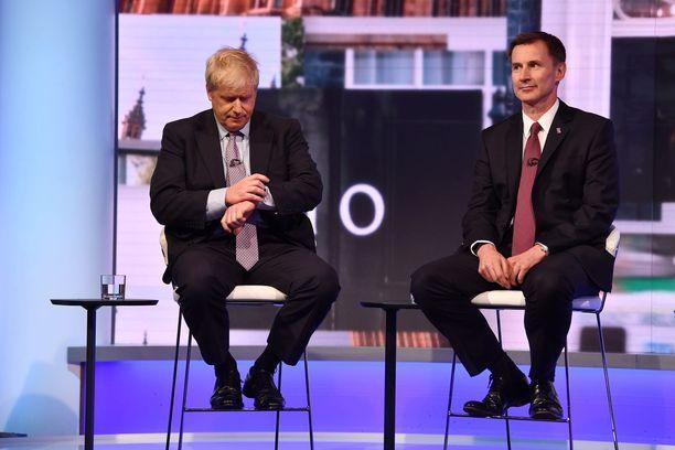 Jeremy Hunt (oik.) on tähän asti ollut Boris Johnsonin vahvin haastaja kisassa 10 Downing Streetin herruudesta, mutta jatkopaikka voi vielä hyvin livetä hänen käsistään.