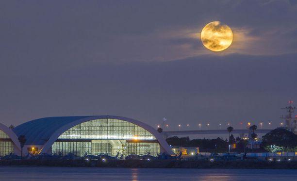 Vuodetun raportin mukaan Venäjä aikoo Kuuhun.