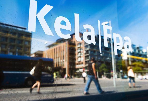 Printtipaperi uhkaa kymmenien tuhansien suomalaisten tietoturvaa, kun kirjeiden sisältöä on luettavissa osoiteluukusta.