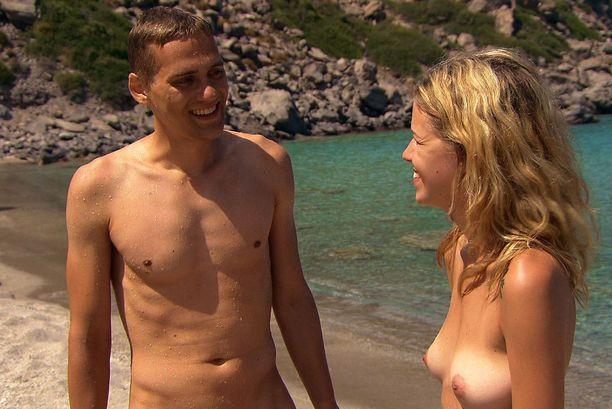 Samin alastomuus sai Tanjalta, 26, pasmat sekaisin.