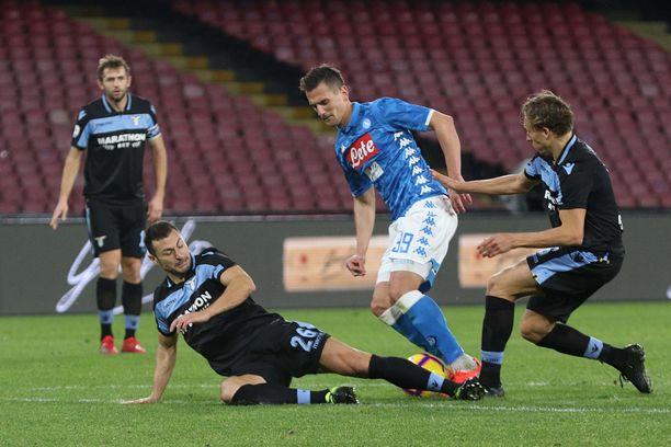 Arkadiusz Milik oli hankala pidettävä Lazion puolustukselle.