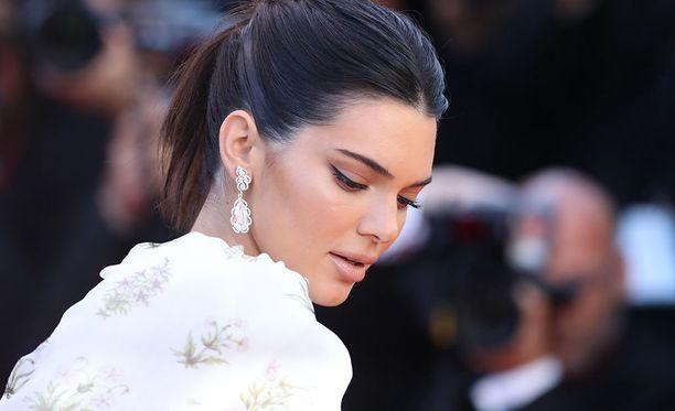 Kendall on tunnettu malli.