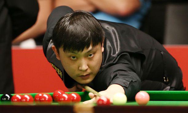 Yu Delu järjesteli viiden pelaamansa ottelun tulokset.