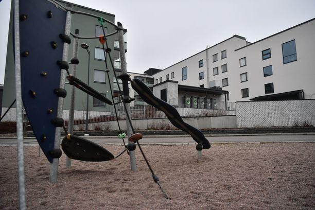 Järkyttävät uutiset tavoittivat Espoon Suurpellon asukkaat keskiviikkona. Yleiskuvaa alueelta.