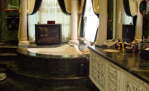 Poreammeessa voi katsella televisiota.