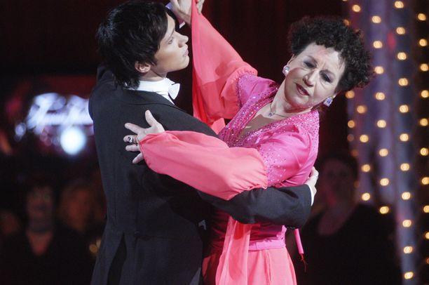 Kristiina Elstelä jatkoi tanssimista suuren surun keskellä.