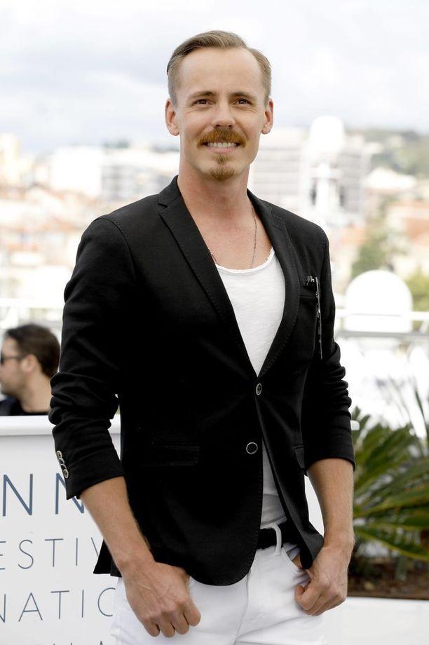 Tällä viikolla Jasper Pääkkönen juhli kollegoidensa kanssa Cannesin elokuvajuhlilla.