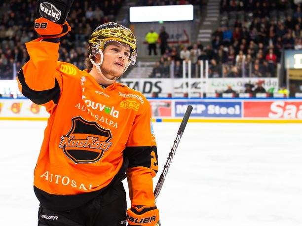 Kiitos ja näkemiin! Malte Strömwall jatkaa kahden Liigassa pelatun kauden jälkeen KHL:ään.