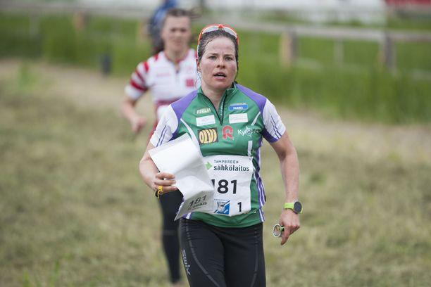 Krista Pärmäkoski juoksi komeasti Venlojen viestissä. Hän oli avausosuuden 95:ksi nopein. Joukkueita oli 1 721.