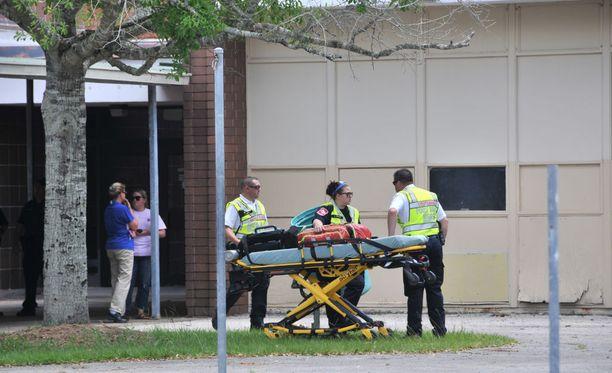 10 kuoli ja 10 haavoittui joukkomurhassa lukiossa Texasin Santa Fe:ssä perjantaina.