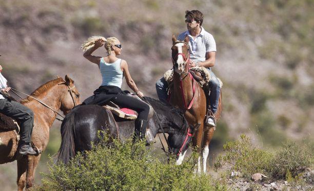 Katie Price ja Leandro Penna lomailevat Argentiinassa.