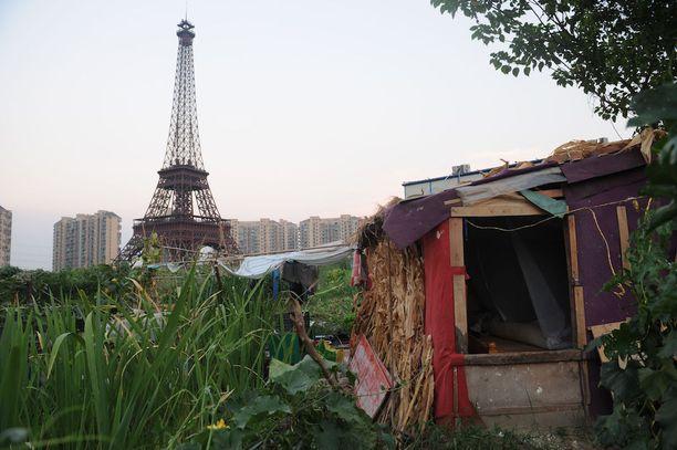 Ei aivan sitä, mitä rakennuttajat tavoittelivat. Kiinan Pariisi on monella tapaa kaukana esikuvastaan.