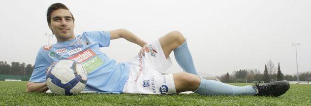 FC PoPa raivostui Samu Ruisniemen käytöksestä pelimatkalla.