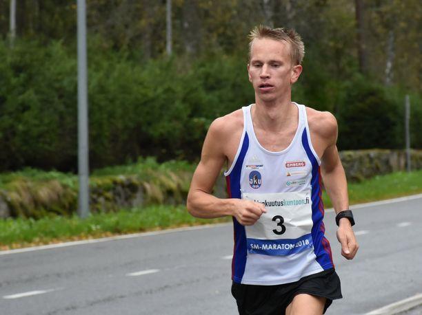Jaakko Nieminen on maratonin Suomen mestari.