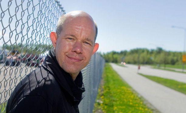Kaj Kunnas kertoo, että yleensä palaute on positiivisempaa, kun suomalaisille tulee menestystä.