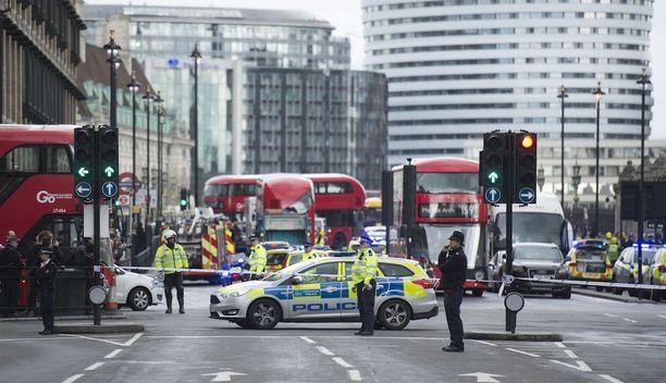 Hyökkäys tapahtui keskiviikkona Lontoossa parlamentin edustalla.
