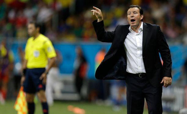 Belgian valmentajavelho Marc Wilmots oli tyytyväinen joukkueensa esitykseen, mutta ei maalipaikkojen tuhlailuun.