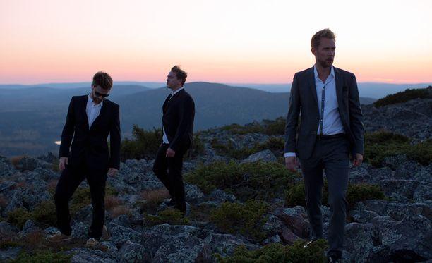 Waltteri Torikka Trio julkaisi edellisen albuminsa huhtikuussa.