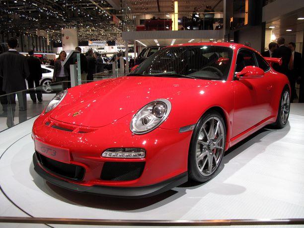 Seitsemän vuoden ikäinen GT3 irtoaa noin 150 000 eurolla.