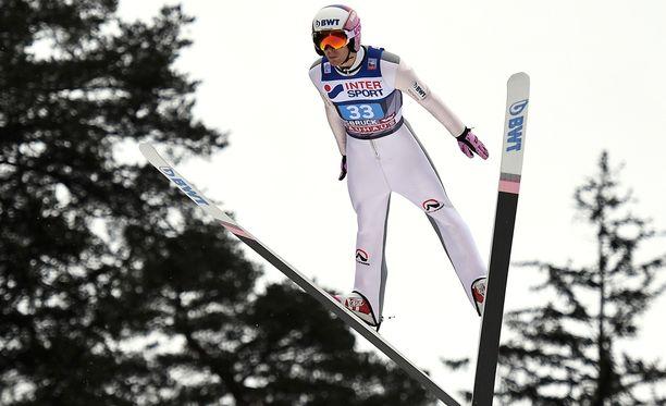 Vojtech Stursa karsiutui normaalimäen kilpailusta.