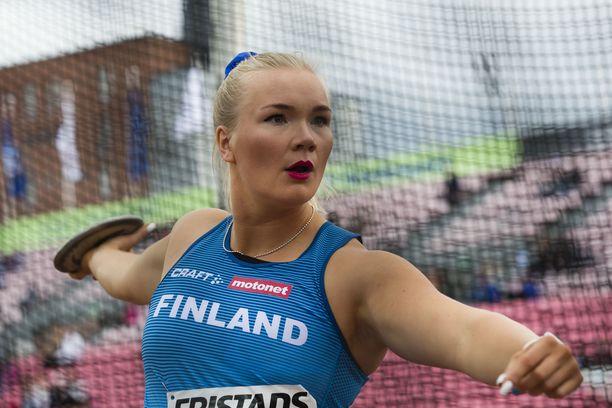 Salla Sipponen edusti Suomea viime syksynä Ruotsi-ottelussa.
