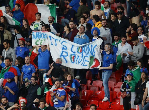 Italia murskasi Englannin unelman.