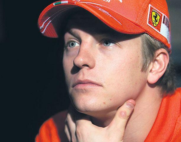 Ferrari-kuljettajan elämä päätyy yksiin kansiin.