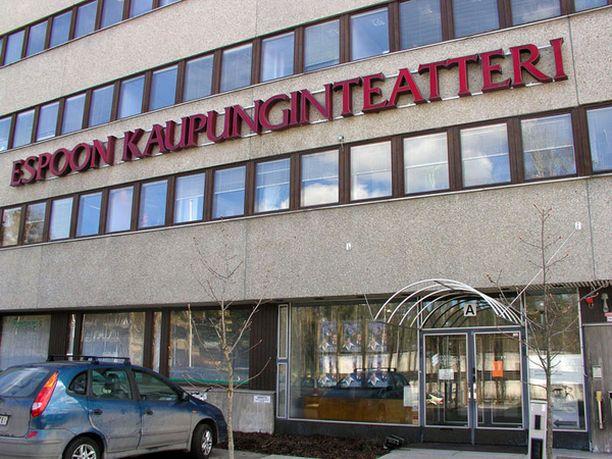 Uuden teatteritalon rakentaminen puhuttaa Espoossa. Kaupunginteatteri on toiminut 20 vuotta vuokratiloissa.