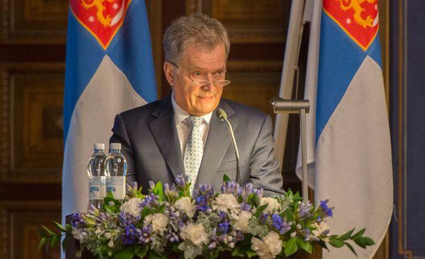 Tasavallan presidentti sanoi puheessaan, että keskeistä tämän hetken epävarmassa ilmapiirissä on vahvistaa EU:ta ja taata sen turvallisuus.