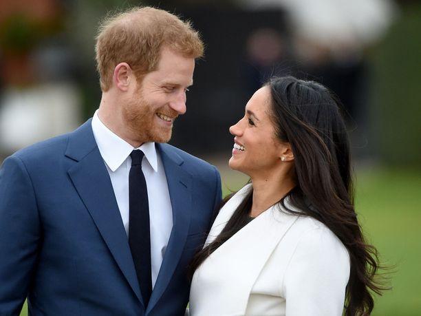Prinssi Harry ja herttuatar Meghan saattavat joutua muuttamaan pois Frogmore Cottagesta, jos prinssi Charles puolisoineen muuttaa Buckinghamin palatsiin.