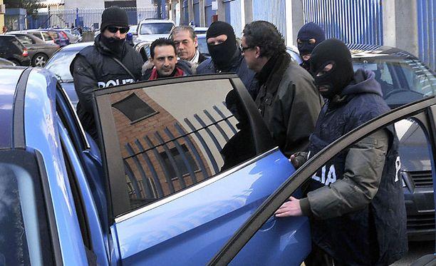 'Ndrangheta-mafiaan kuulunut Pasquale Manfredi pidätettiin maaliskuussa 2010. Häntä pidetään yhtenä järjestön vaarallisimmista henkilöistä.