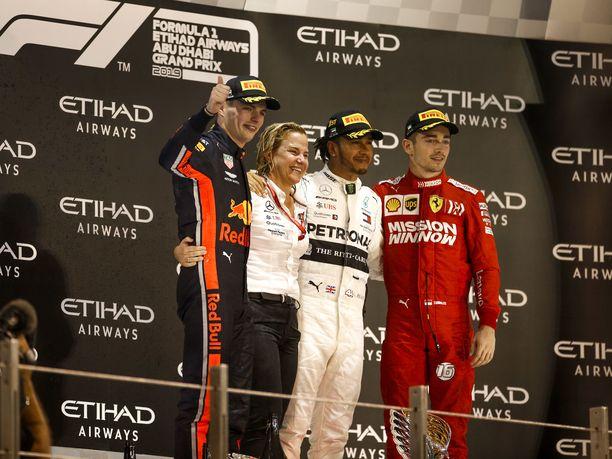 F1-kausi 2019 päättyi taas yksiin Lewis Hamiltonin voitonjuhliin. Kuusinkertaisella maailmanmestarilla oli seuranaan nuoret haastajat Max Verstappen ja Charles Leclerc.