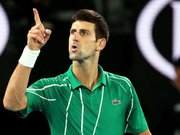 Novak Djokovic kävi kuumana Australian avointen finaalissa.