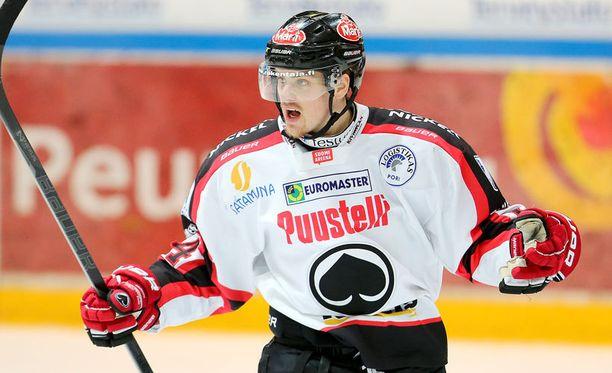 Daniel Brodin ehti pelata yhden kauden Ässissä.