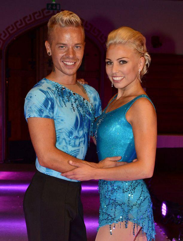 Sauli Koskisen parina Dancing on Ice -kisassa nähdään Nea Ojala.