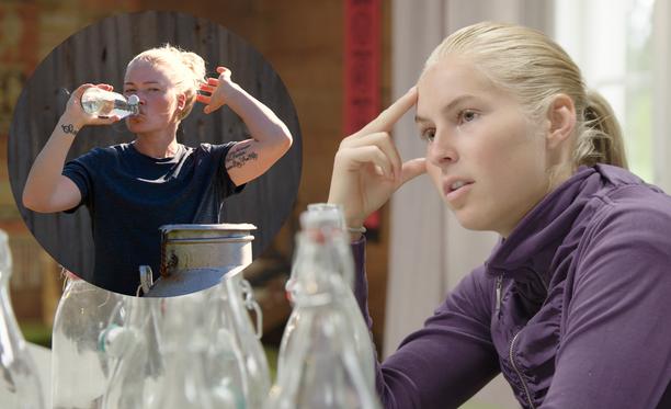 Noora Rädyllä ja Alina Voronkovalla on eri näkemys siitä, mitä saunassa sovittiin - jos ylipäätään sovittiin mitään.