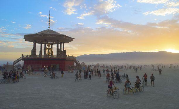 Burning Man -festivaali järjestetään vuosittain Nevadassa.