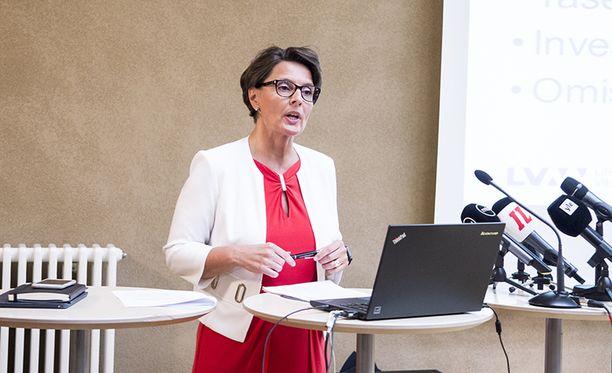 Anne Bernerin mukaan hän kävi rakentavan keskustelun henkilöstön edustajien kanssa.