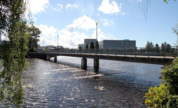 15-vuotias poika heitettiin veteen Oulussa aamuyöllä heinäkuun viimeisenä päivänä.