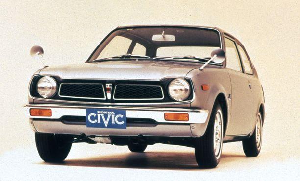 Onko tässä samaa näköä kuin Urban EV:ssä? Civic vuodelta 1974.