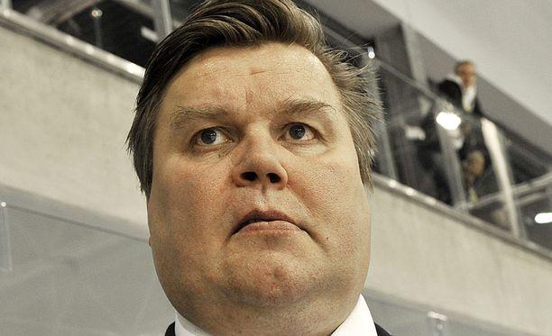 Timo Jutila kertoi poissaolon syyksi nilkkatulehduksen.