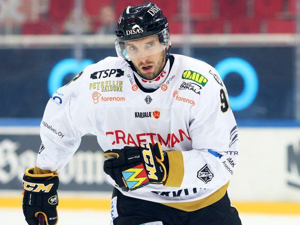 Oskar Osalaa jännitti paluu Vaasaan.