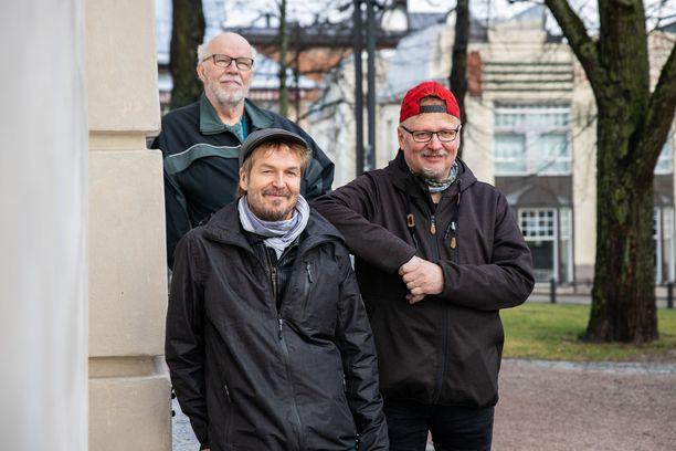 Tavoitteenamme on mahdollistaa paikallinen ruoka-apu kaikille sitä tarvitseville ja samalla minimoida Hämeenlinnan seudun hävikki, kertovat Jari Nurmi, Markku Pantsar ja Timo Heikka.