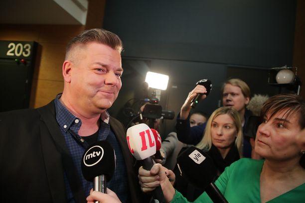Jari Sillanpää on vapautettu syytteistä, jotka koskivat lapsen seksuaalista hyväksikäyttöä.